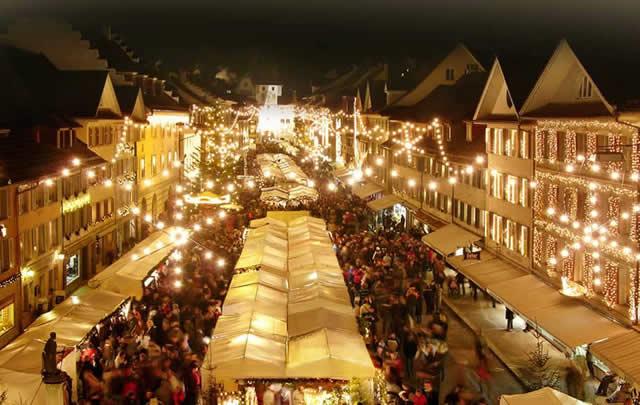 Vivi la magia dei mercatini di Natale in Svizzera viaggiando con Trenitalia: con la Promo Mercatini partenze Eurocity da Milano a partire da 25 euro!