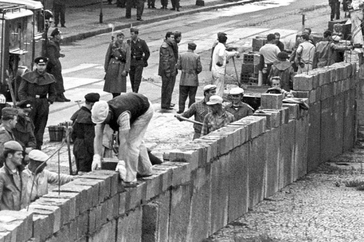 Berlino: dopo 25 anni dalla caduta del Muro ci si prepara a festeggiare in grande stile tra il 7 e il 9 novembre!