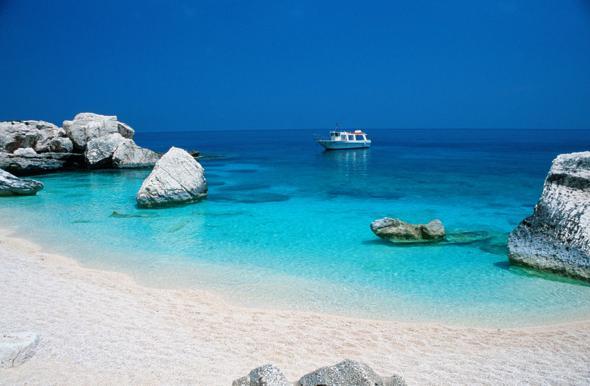 Guida spiagge: le più belle della Sardegna secondo la classifica di Skyscanner