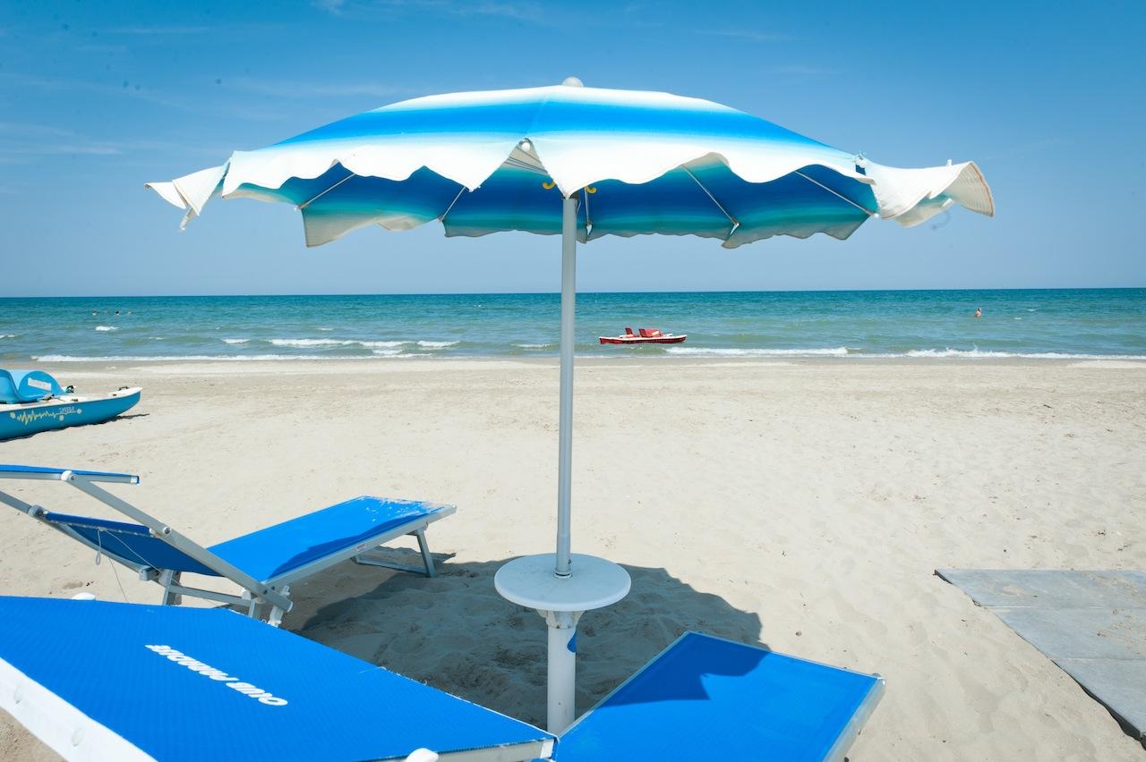 Matrimonio Spiaggia Riviera Romagnola : Guida spiagge italia le più belle della riviera romagnola