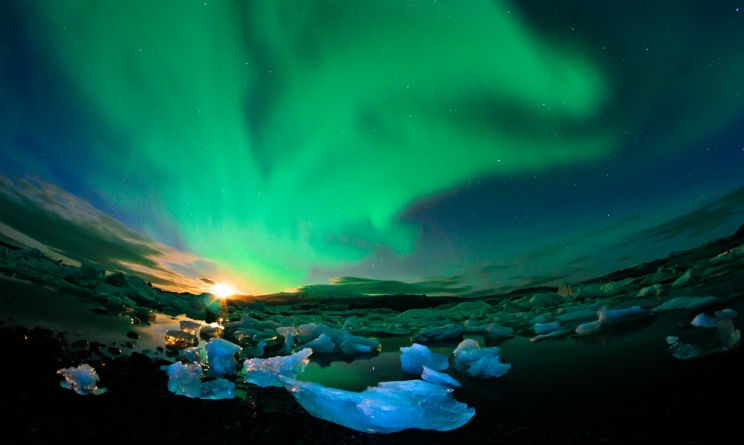 Aurora boreale: quando assistere allo spettacolo in Norvegia o in Islanda