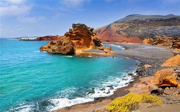 Lanzarote: guida completa all'isola lunare