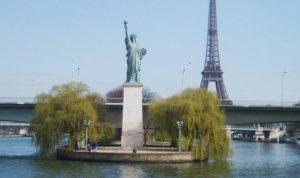 Statua-della-libertà-Parigi