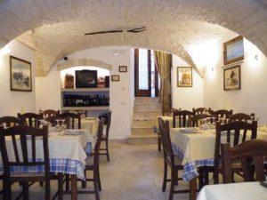 Alberobello-la-cantina