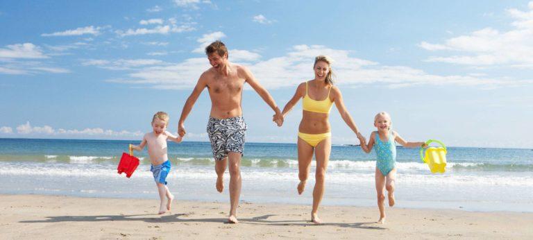 Vacanze low cost: tutti i trucchi per spendere poco