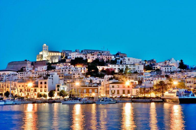 Ibiza: guida completa e consigli di viaggio