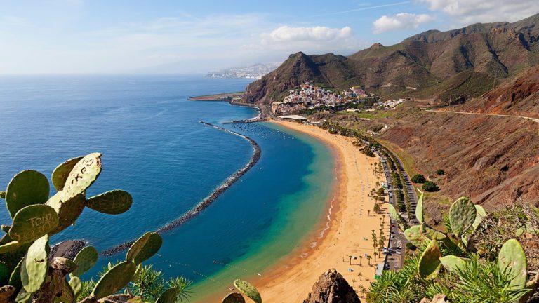 Tenerife: guida completa all'isola dell'eterna primavera