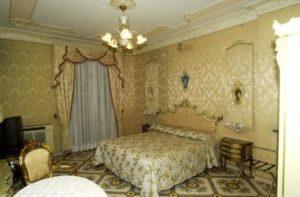 Hotel-Napoli