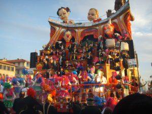 Carnevale-Viareggio-Carri