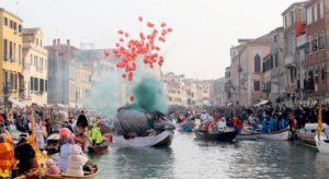 Festa-veneziana-sull'acqua