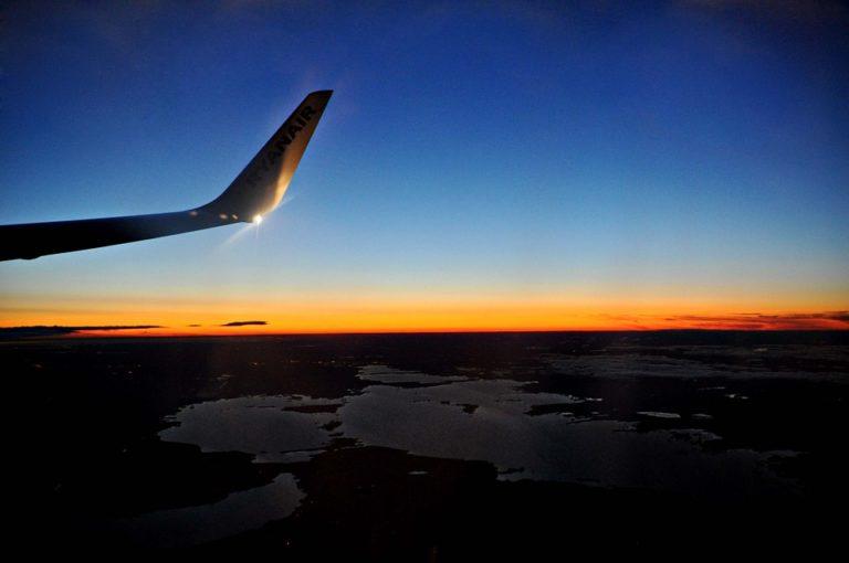 Pianificare un viaggio: meglio far da sé o affidarsi a un'agenzia?