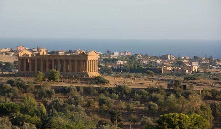 Agrigento: La guida Completa alla città della Valle dei Templi