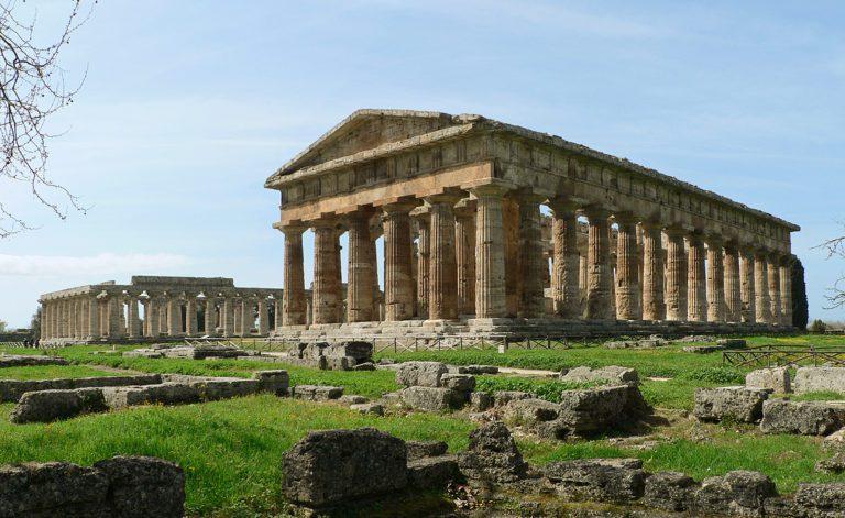 Vacanza a Paestum tra mare e cultura: la Guida Completa