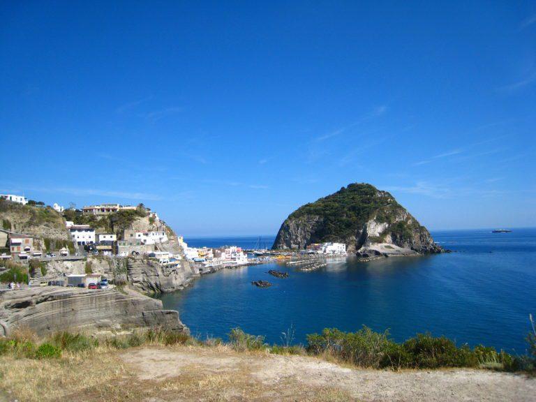 Una settimana a Ischia: cosa sapere per organizzare la vacanza perfetta