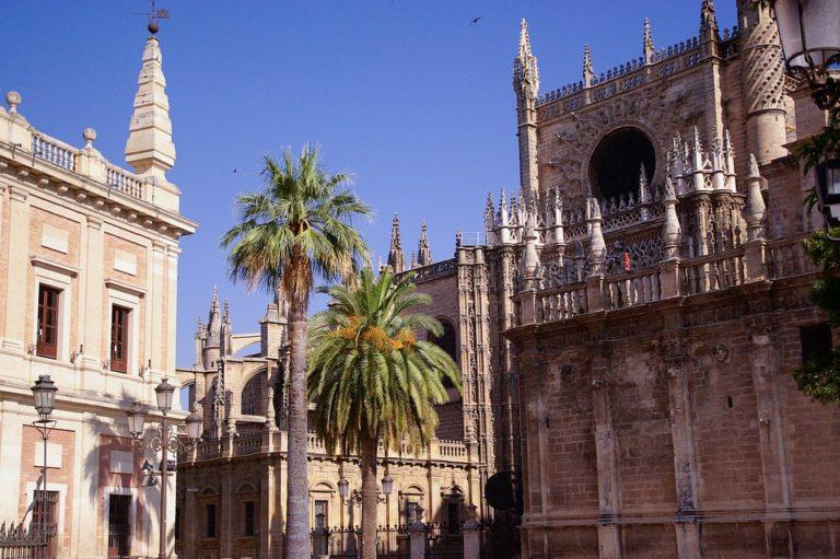 Siviglia: la Guida Completa al capoluogo dell'Andalusia