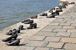 Monumento-alla-memoria-budapest