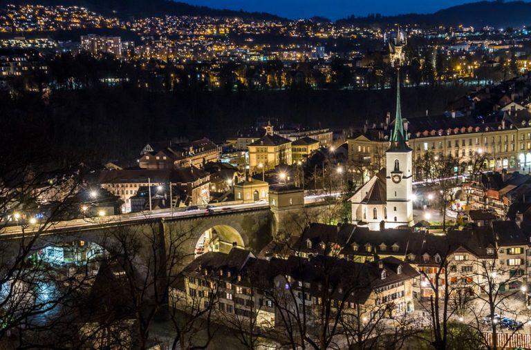 Berna: La guida Completa alla scoperta della capitale della Svizzera