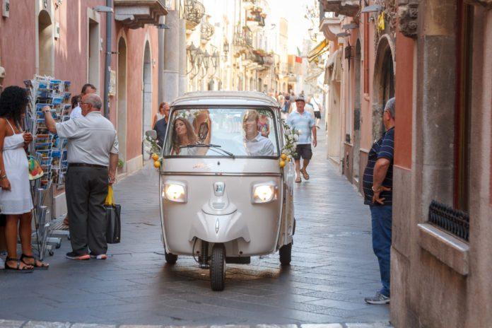 Ape Calessino a Taormina