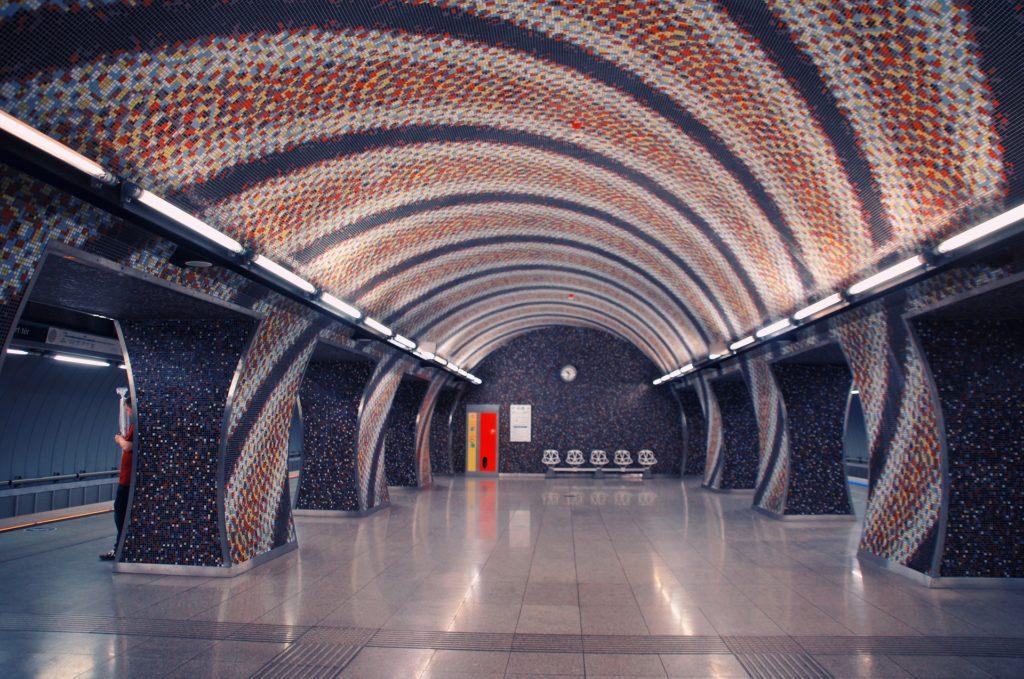 stazione della metropolitana di Budapest
