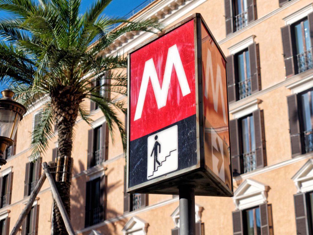 simbolo metro roma